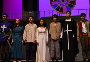 Actors that were a part of The Hunchback of Notre Dame production put on spectacular performances during their first weekend.